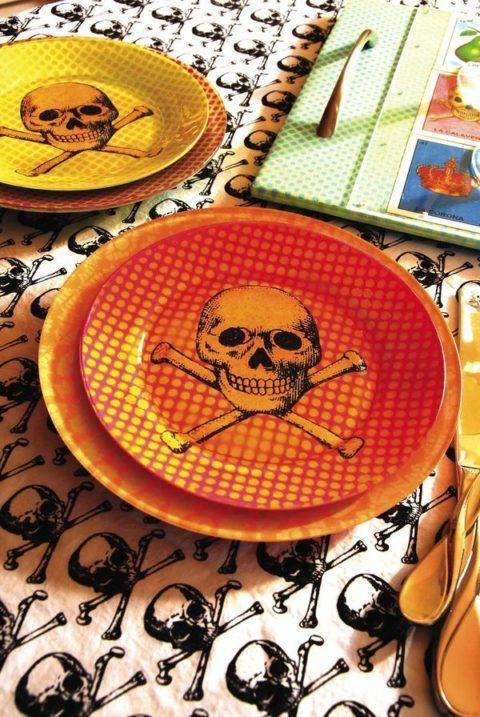 Beauty skull plate 2