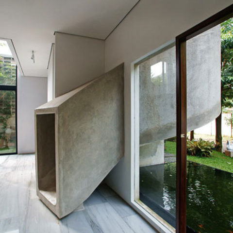concrete-slide-house-01_rect540_large.jpg