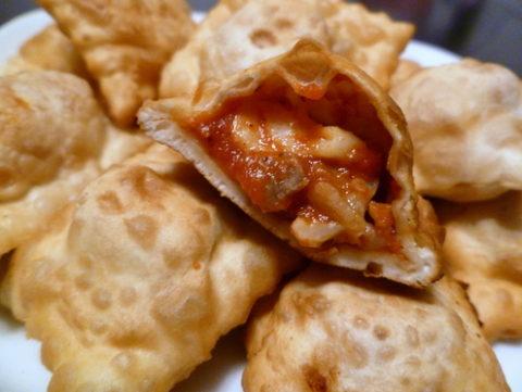 20110201-pizza-rolls.jpg