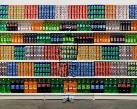 liu_bolin_hitc_no.93_supermarket_no.2_photograph_100x150cm_2010_xl-640x507.jpg