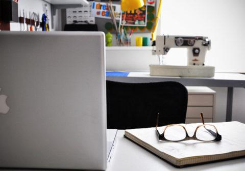 craftroomdesk.jpg