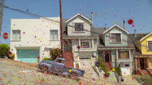 Video: 170,000 Bouncy Balls Going Down a Hill in San Francisco
