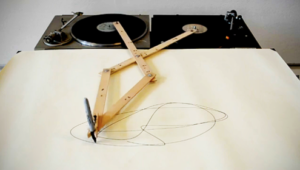 Video: Artist Builds Drawing Bot Out of Hacked Turntables
