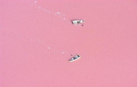 pink-lake-retba-in-senegal-01-634x406.jpg