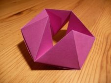 How to: Make a Hexaflexagon – The Most Amazing Thing Math Has Ever Produced!