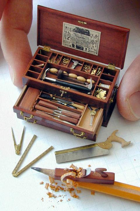 william-robertson-miniature-1.jpg
