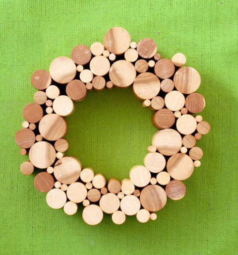 wood-dowel-wreath_web.jpg