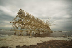 Skeletons that Walk in the Wind: Strandbeests by Theo Jansen