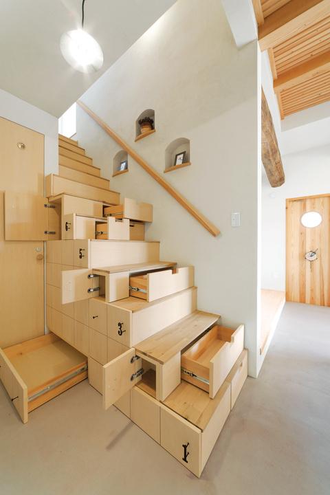 Storage / Interior design. Photo by Osamu Abe