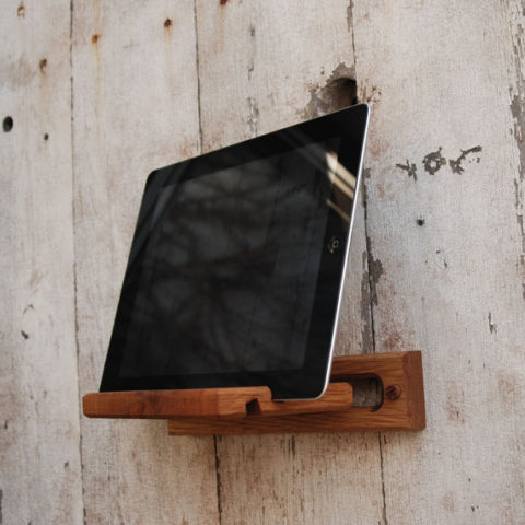 Ipad Easel by PegandAwl