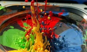 Paint Bouncing on an Audio Speaker in Super Slow Motion
