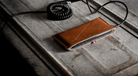 Sleek and masculine iPhone Wallet