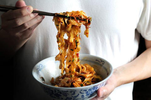 crack-slurp-noodle341_large.jpg