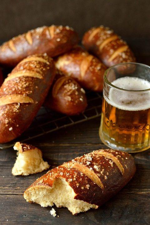 Beer-pretzel-hot-dog-buns_large.jpg