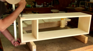 Building a Bookshelf From a Single Sheet of Plywood