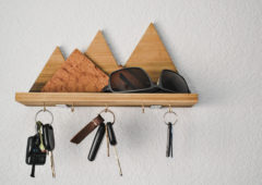 Make This: Wooden Mountain Key Rack
