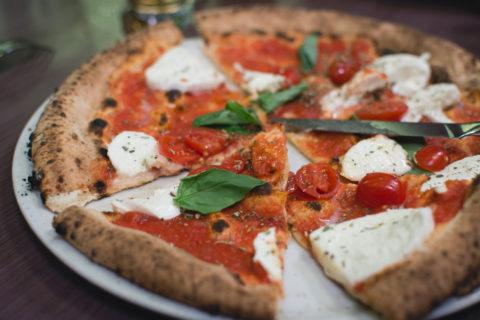 perfect-italian-pizza-picjumbo-comoriginal.jpg