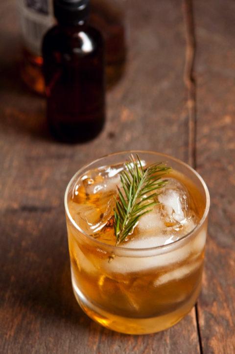 diy-pine-syrup-cocktail_largeoriginal.jpg
