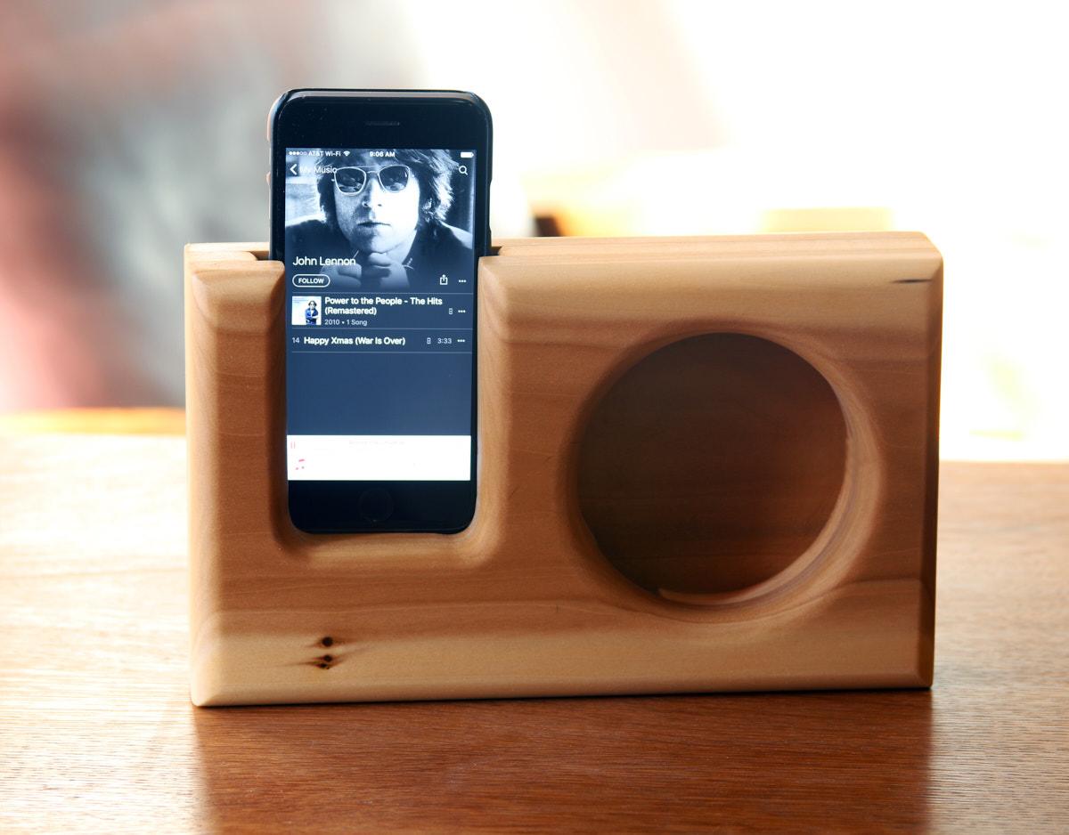 smartphone speaker made of reclaimed wood