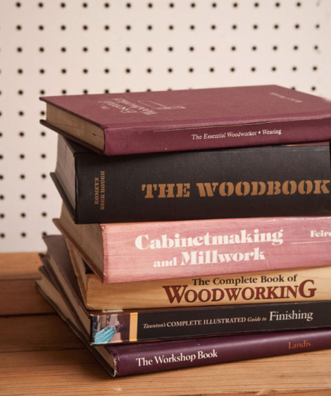 Best woodworking books to create your shop library