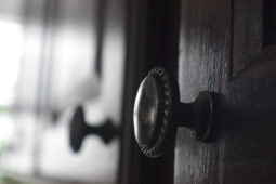 How To Install Cabinet Handles Accurately and Efficiently