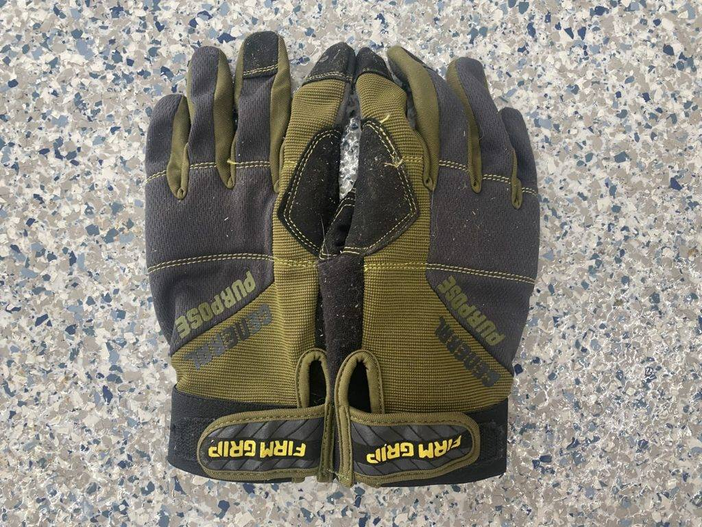 Gloves for Cleaning Gutters