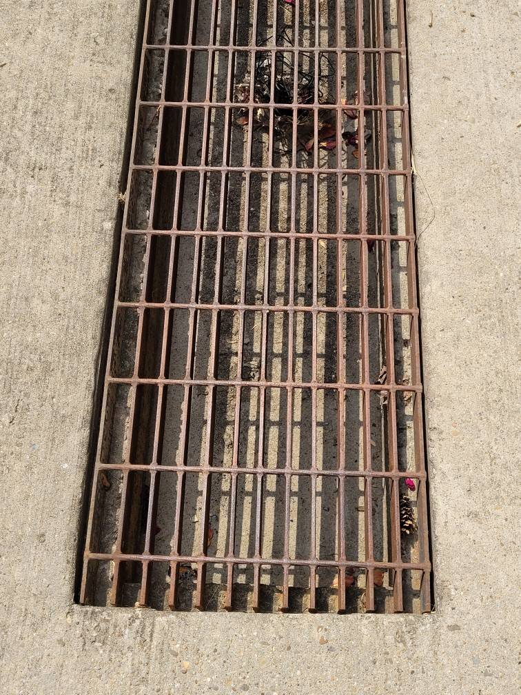 sewer gas grate