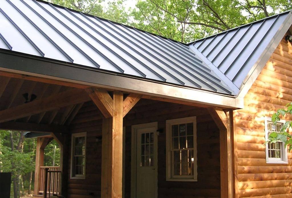 sheet metal woof on wooden cabin