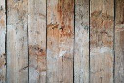 Where to Find Reclaimed Wood (Online and Locally)